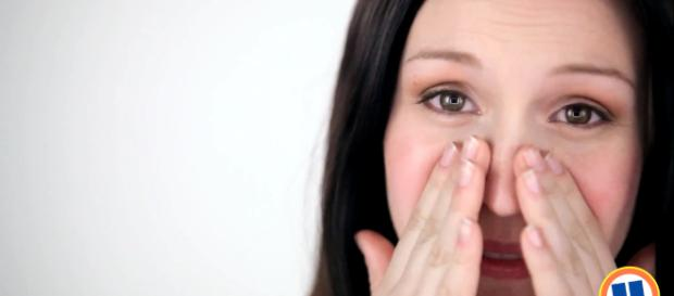 Having sensitive skin comes with its own list of headaches. [image source: Uniprix/YouTube]