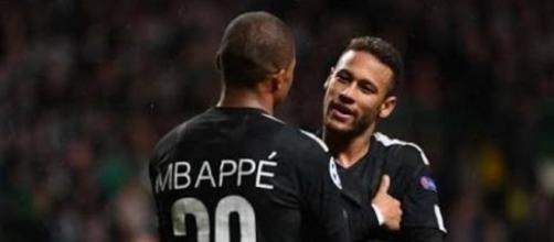 Mbappé e Neymar (Imagem via Youtube)