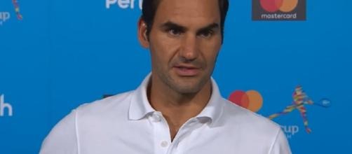 Roger Federer plays at the Hopman Cup in Perth, Australia. Photo: screencap via Hopman Cup/ YouTube
