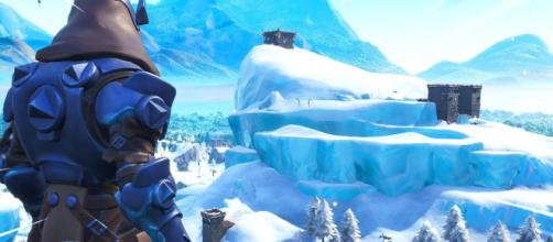 Snow is falling once again in Fortnite. [Image source: Hollow / YouTube]