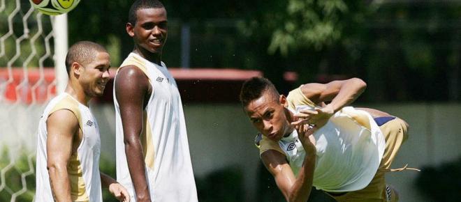 Revelado ao lado de Neymar e Ganso, Jefferson Café vira padeiro