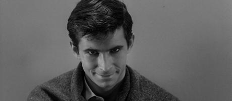 Norman Bates é o vilão de Psicose, de Alfred Hitchcock (Fonte: tokkoro.com)