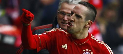 Franck Ribery replica agli insulti sui social, il Bayern lo multa.