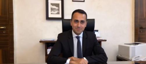 Il ministro del Lavoro Luigi Di Maio finalmente vedrà attuato il 'suo' reddito di cittadinanza.