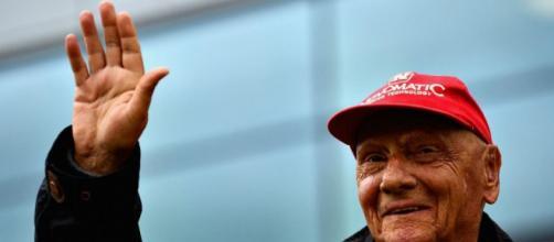 Niki Lauda è stato ricoverato per una grave influenza.