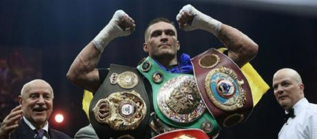 Oleksandr Usyk, campione mondiale indiscusso ed imbattuto dei pesi massimi leggeri