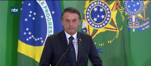 Bolsonaro critica imprensa em posse de presidentes de bancos públicos