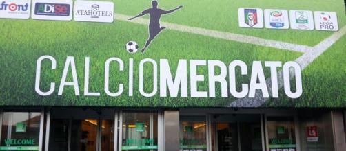 Calciomercato, Serie B: Brescia e Lecce cercano rinforzi in attacco