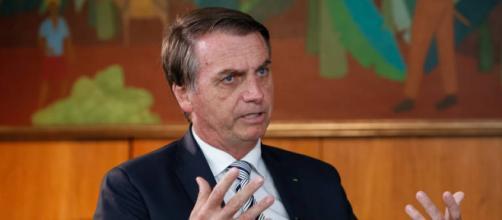 Presidente conta com projeto para atacar domínio da Rede Globo. (Fonte: Folha de São Paulo)