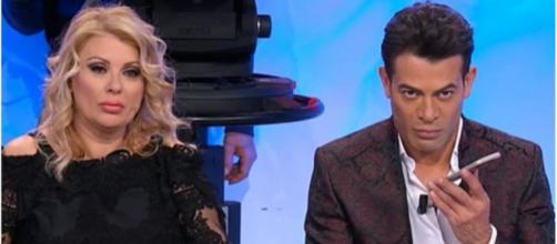 Tina e Gianni di U&D ringiovaniti dopo Natale: sul web si parla di 'ritocchini'