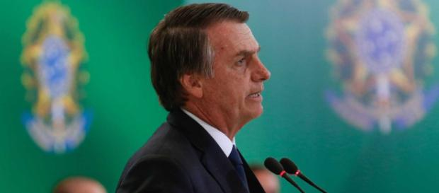 """Presidente Bolsonaro se referiu ao """"bolo"""" publicitário das emissoras de televisão (Foto: Carolina Antunes/PR)"""