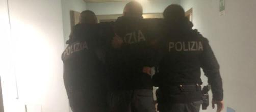 Guerriglia a Roma, bombe carta ultrà Lazio contro agenti - momentoitalia.it