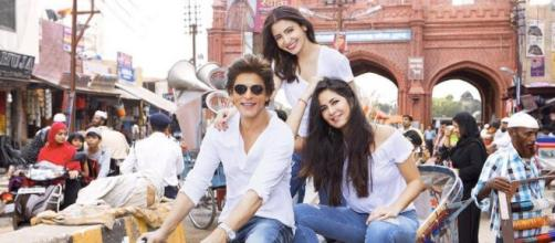 The film stars SRK, Anushka Sharma and Katrina Kaif in the lead roles. (Image via Red Chilli Ent/Twitter)