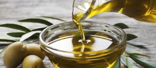 Treat chapped lips or cracked dry skin with olive oil