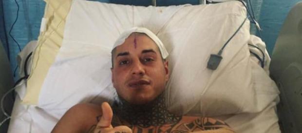 Francesco Chiofalo attaccato sui social dopo l'operazione