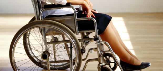 Invalidi s posebno kartico do številnih ugodnosti doma in na tujem - maribor24.si