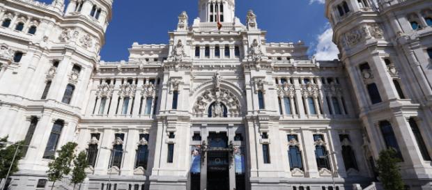 Telefónica se hace con el contrato del Ayuntamiento de Madrid