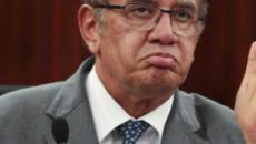 Caso Queiroz é suspenso por Gilmar Mendes após pedido feito por Flávio Bolsonaro