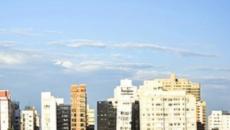Dados da Prefeitura de Santos apontam que prédios entortam 1 cm por ano, diz jornal