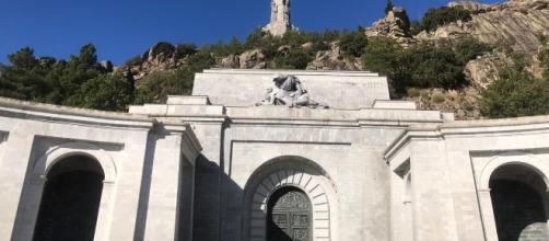 Caso Franco: El Gobierno no necesita la autorización de la Iglesia