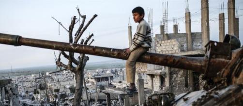 Siria, la Turchia attacca i curdi