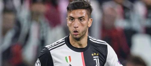 Juventus, la duttilità di Bentancur rappresenterebbe per Sarri un'alternativa importante (Foto: 90min.com)