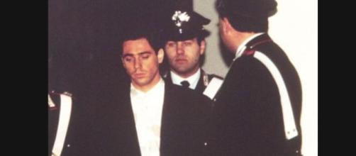 Pietro Maso intervistato su canale Nove racconta l'omicidio dei suoi genitori