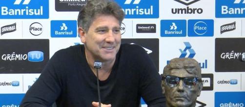 Renato Gaúcho ganhou até busto no Grêmio. (Arquivo Blasting News)
