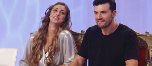 Uomini e donne: Sara Tozzi conferma di avere abbandonato il trono a causa dei sentimenti per il suo ex fidanzato