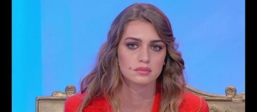 """Uomini e donne"""", Sara Tozzi lascia il trono"""