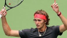 Cina fatale anche per Federer, Zverev si unisce alla festa della NextGen in semifinale
