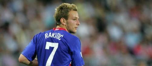 Il centrocampista croato Rakitic nel mirino dell'Inter
