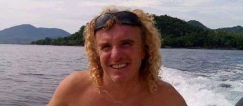 Indonesia, accoltellato a morte in casa l'italiano Luca Aldovrandi | notizie.it