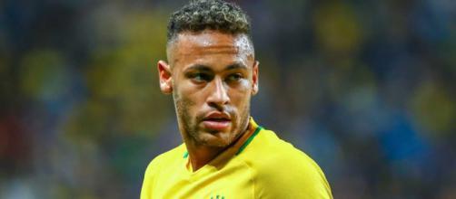 Neymar defende privilégio e diz que já carregou a seleção nas costas. (Arquivo Blasting News)