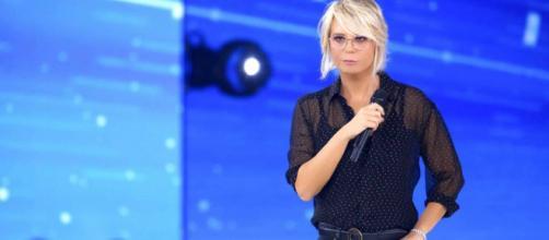 Amici Celebrities, la semifinale: sciolte le squadre, televoto e De Filippi quarto giudice.