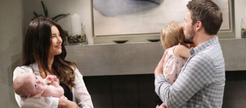 Anticipazioni Beautiful, puntate americane: Steffy riabbraccia la piccola Beth/Phoebe