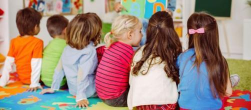 Sempre meno bambini frequentano le scuole dell'infanzia - Openpolis - openpolis.it