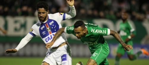 Chape e Cruzeiro estão em situação complicada. (Arquivo Blasting News)