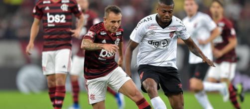 Líder do campeonato joga contra campeão da Copa do Brasil será na Arena da Baixada. (Arquivo Blasting News )