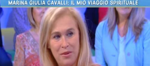Marina Giulia Cavalli a Live - Non è la D'Urso: 'Mia figlia mi scrive dall'Aldilà'
