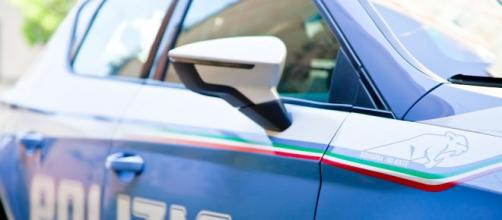 Varese, sconosciuto accoltella 15enne in pieno centro, gridava: 'Vi ammazzo'