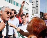 Tensión entre manifestantes en el juicio por la procesión El juicio por el coño insumiso, una verdadera guerra ideológica... - lasexta.com