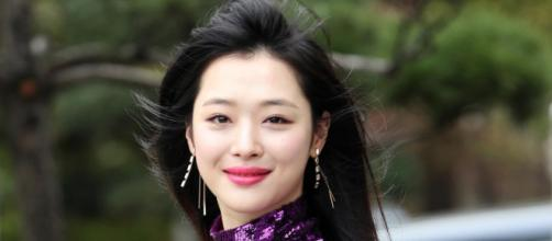 K-Pop: Sulli é encontrada morta. (Arquivo Blasting News)