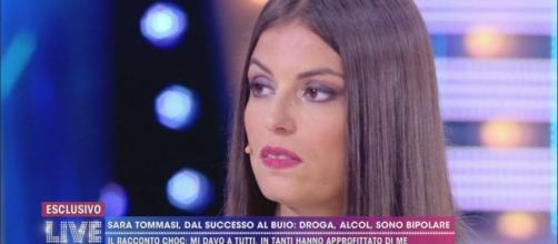 Live - Non è la d'Urso, parla Sara Tommasi: 'Non sono guarita, prendo farmaci per l'umore'.