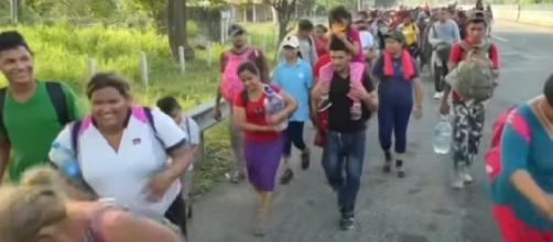 Migrant caravan with mostly women, children begins trek to U.S. border. [Image source/Global News YouTube video]