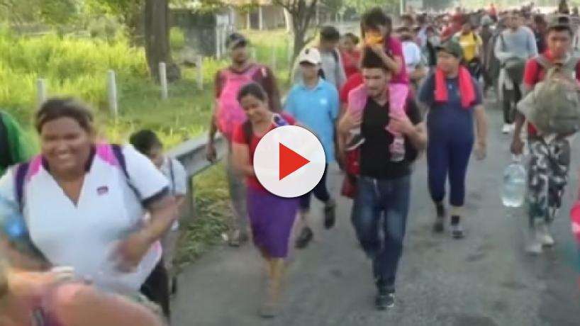 Mexico's military police detain a 2000-migrants caravan headed for the United States