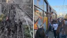 Guasto sul treno Circum Baiano-Napoli, viaggiatori accusano Eav: 'Lasciati soli'