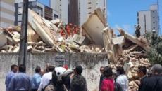 Prédio residencial de sete andares desaba em Fortaleza (CE)