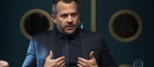 Agno pede ajuda a Josiane para se vingar de Fabiana. (Reprodução/TV Globo)