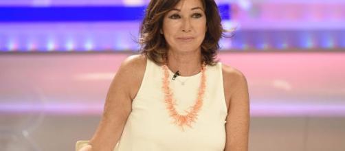 Ana Rosa insulta al hombre que agredió a una mujer por llevar la bandera española
